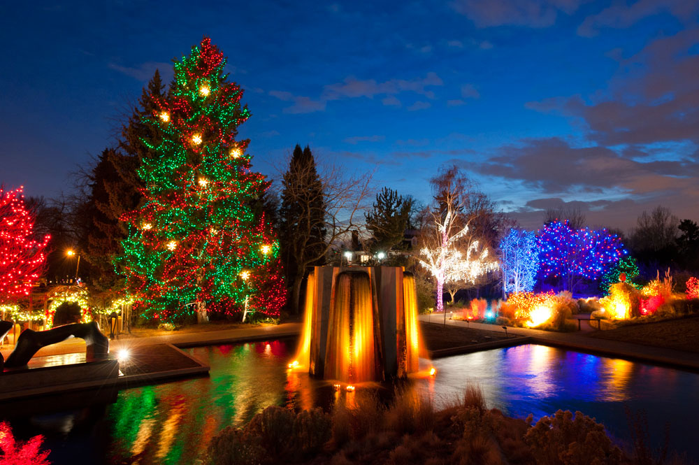 Denver Botanic Gardens Treat Visitors To Spectacular Projection Mapping  Events   Barco