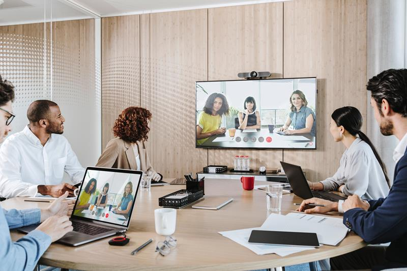ClickShare wireless conferencing systems - clickshare%20conference%20 remote%202%20jpg