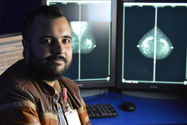 Mexico breast cancer foundation goes digital with Barco healthcare displays