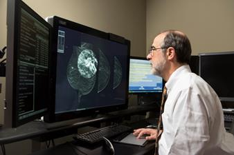 High detection with low-dose mammography