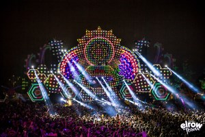 Barco UDX 32K adds to the fun at the Elrow Town festival
