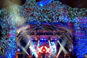 Tokyo World 2018 lit up with magnificent Barco projections on its main stages