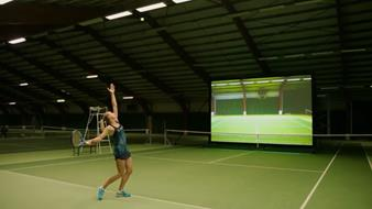Yanina Wickmayer tests Barco RigiFlex