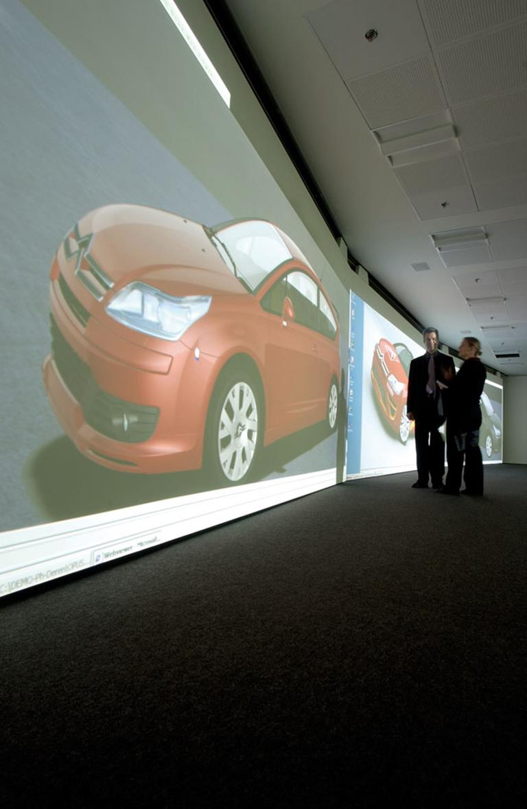 PSA Peugeot Citroën&nbsp;Digital Imaging Room <br />Impressive car design reviews