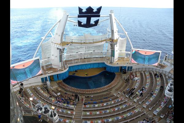 oasis of the seas barco