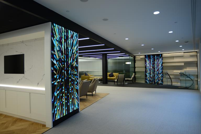 High-resolution Barco LED for HP's Customer Engagement Centre