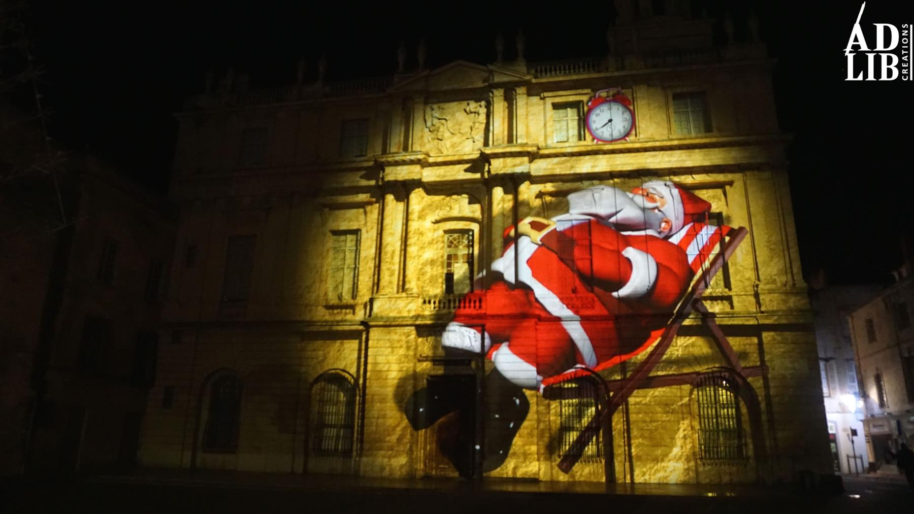 Christmas projection mapping at Arles - Barco