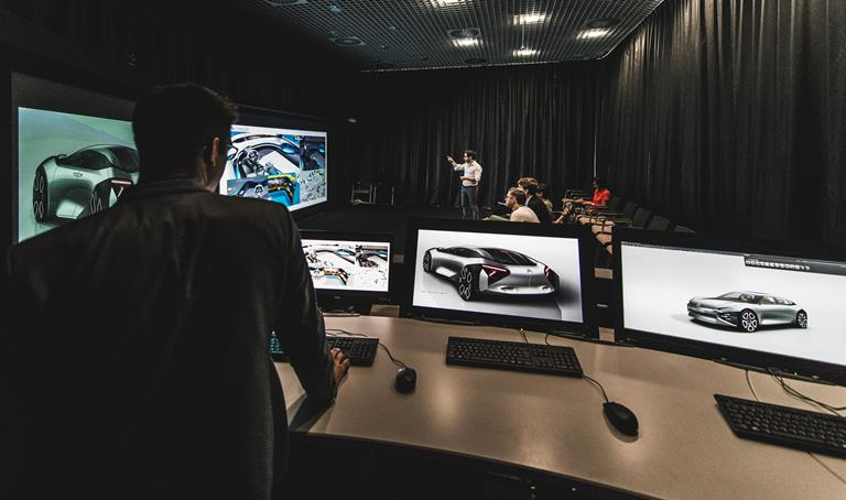 E2 takes visualization to 4K levels at PSA Group