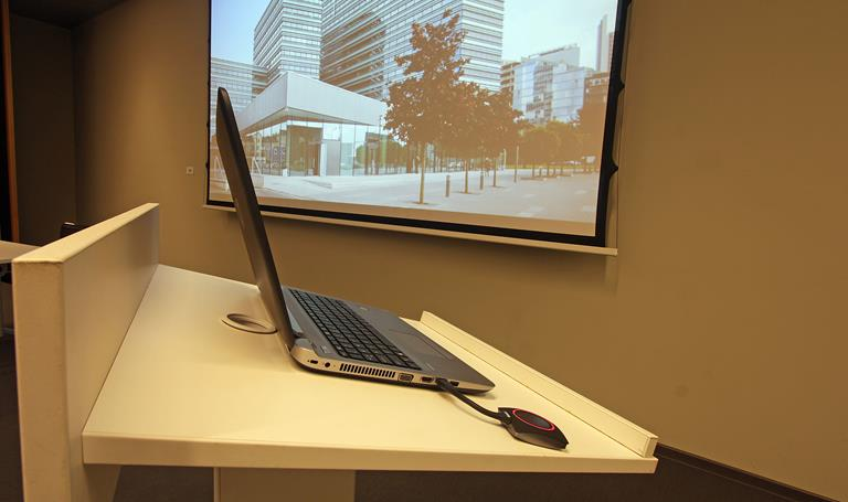 Best office building ensures optimal working conditions with ClickShare